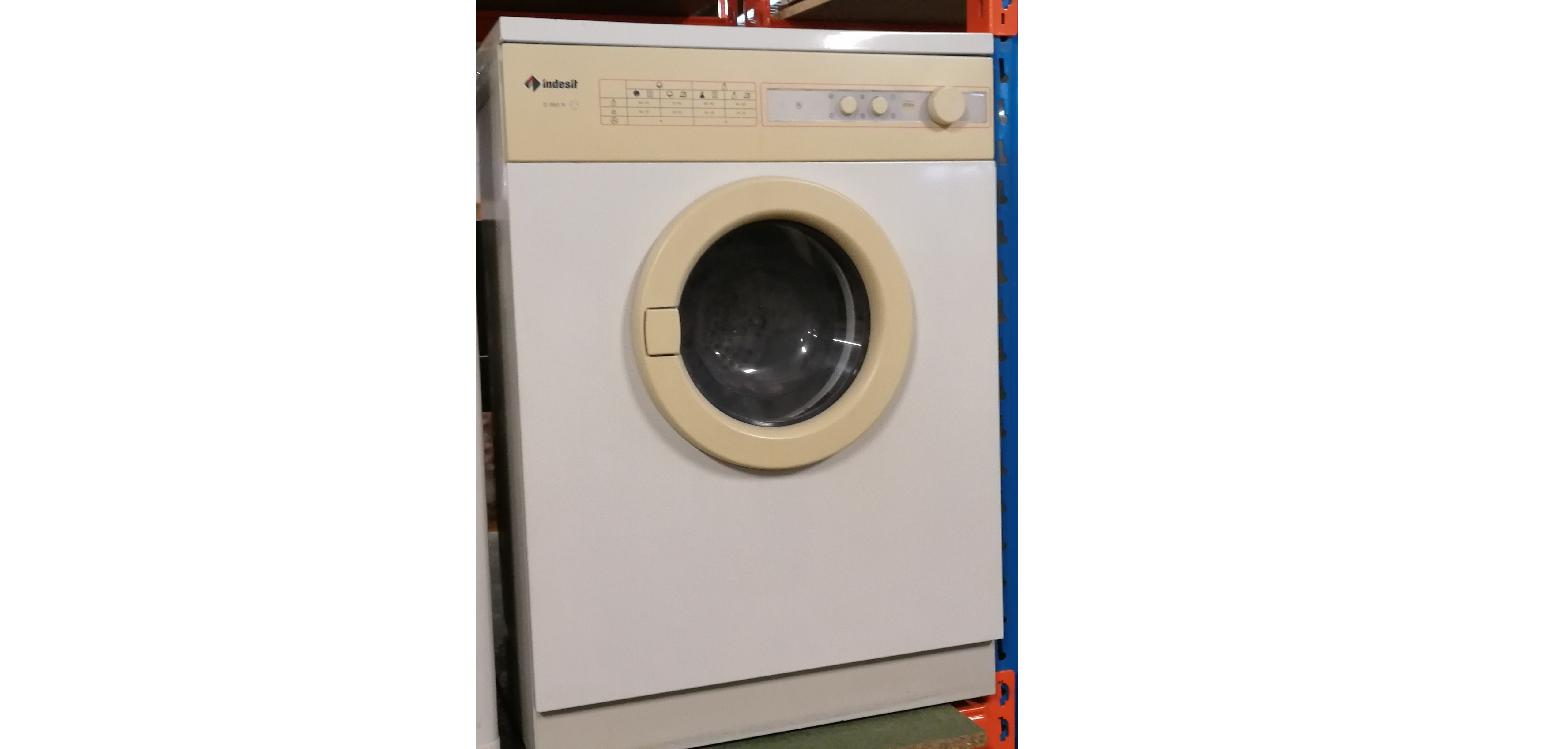 (4456) Indesit wasmachine met type nummer: D 950 R